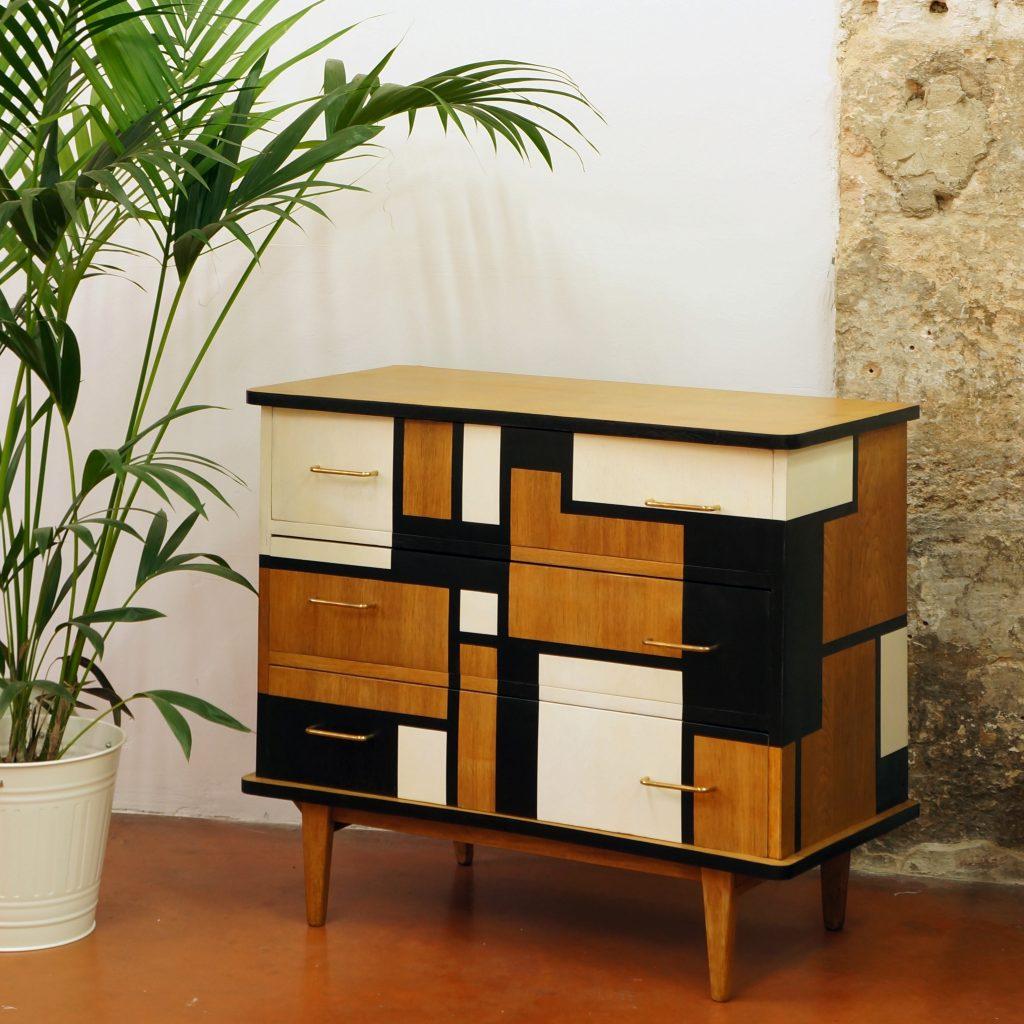 commode metropolis kontrast design. Black Bedroom Furniture Sets. Home Design Ideas