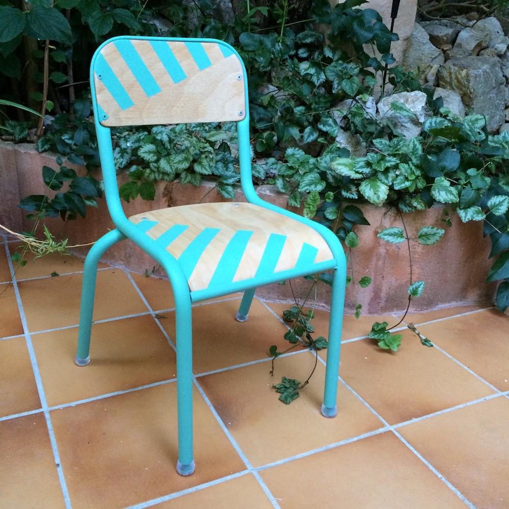 chaise enfant kontrast design. Black Bedroom Furniture Sets. Home Design Ideas