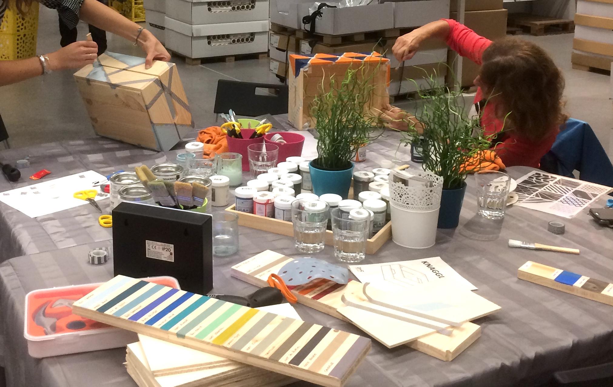 atelier customisation chez ikea kontrast design. Black Bedroom Furniture Sets. Home Design Ideas