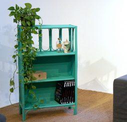 Bibliothèque en bambou et osier